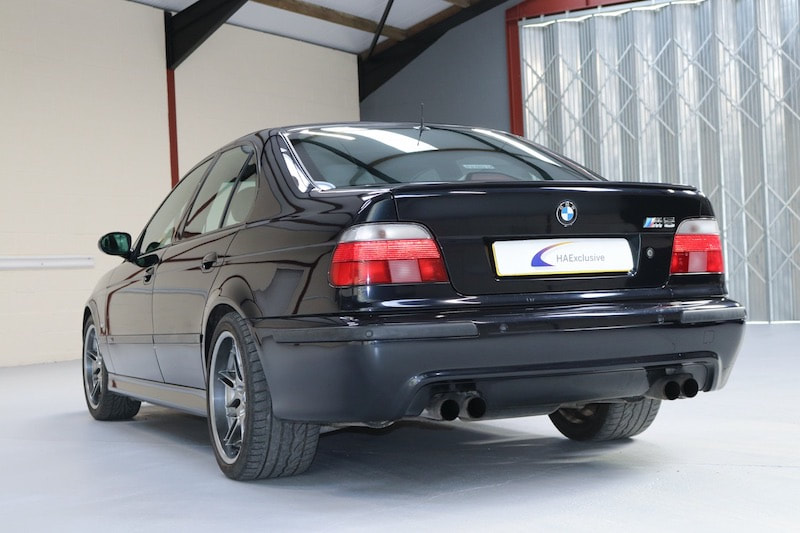 BMW M5 Car Storage